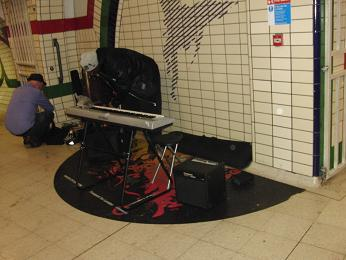 london201108artist